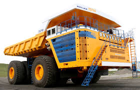 100 Haul Truck With Two 65Liters Engines And 4600 HP This Is The Worlds