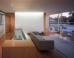 offener raum mit küche und wohnzimmer bild kaufen