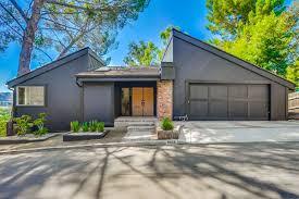 100 Modern Split Level Homes Renovated 1970s Splitlevel In Glendale Asks 118M Curbed LA