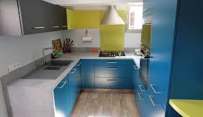 cuisine amenagee en u cuisine vintage en u pour petit espace modèle harmonie