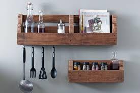 etageres de cuisine des étagères de cuisine