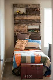 Creative Pallet Headboard Ideas A Charming Accent In The Bedroom