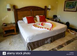 Heart shaped Bed decoration at 5 star hotel Catalonia Royal Tulum