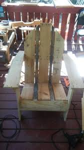Pallet Adirondack Chair Plans by 1138 Best Pallet Benches Chairs U0026 Stools Images On Pinterest