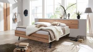 interliving schlafzimmer serie 1019 bettgestell 523371 wildeiche weißer mattlack liegefläche ca 160 x 200 cm