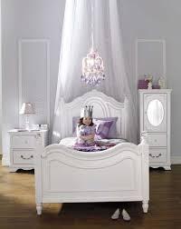 Najarian Furniture Duchess Twin Bed White Toys