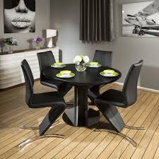 Quatropi Black Oak Dining Set Round Extendinig To Oval Table ,4 Chairs