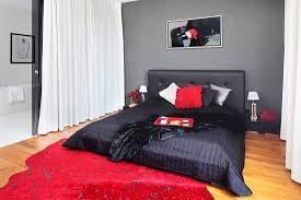 schwarzes doppelbett mit gepolstertem bild kaufen