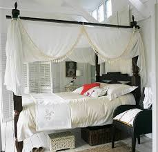 Colonial Homes Bedroom Design Ideas