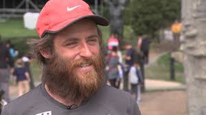 Forrest Gump Halloween by Man Recreating Forrest Gump Run Makes Stop In Philly Cbs Philly