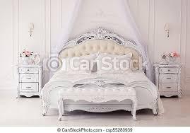 helles gemütliches stilvolles interieur schlafzimmer