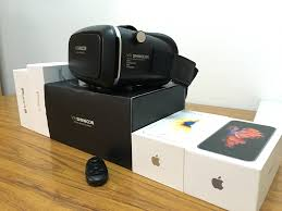 Virtual Reality for iPhone VR SHINECON Unboxing and First