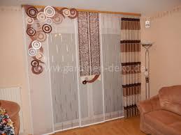wohnzimmer vorhang im beliebten asymmetrischen design http