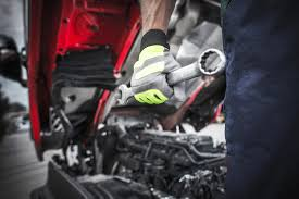Be Careful; Don't Damage Your Truck! | El Trailero Magazine