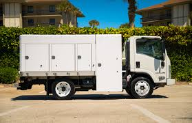 Isuzu NPR-HD Spray Truck For 14 Ft | MJ Truck Nation