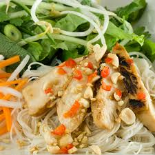 100 Lemongrass Food Truck Vermicelli Salad With Chicken Clean Eating Magazine
