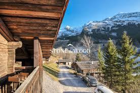 chalet la clusaz vente la clusaz chalet sur les pistes de ski à rénover proche ève