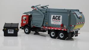 100 First Gear Garbage Truck 134 FIRST GEAR Multifunctional Automatic Loading And Unloading
