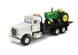 Amazon.com: Ertl Big Farm 1:16 Peterbilt Model 367 Dealership ...