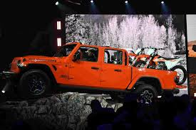 LA Auto Show: Jeep Gladiator Is Unveiled As New SUV Jeep Wrangler Pickup Truck Hitting Dealers In April 2019 Gladiator Reveal New Debuts At La Auto Show Truck Ton 4x4 Willys Mb 11945 Museum Of The Allnew 20 Midsize Pickup Gallery And Dump Crash Photo Galleries Cumberlinkcom Kendall Dcjr Soldotna Six Times Teased Us With A Concept Vs Trucks 2x4 4x4 Youtube Heres Why Is Awesome Mopar Makes Even Better Roadshow