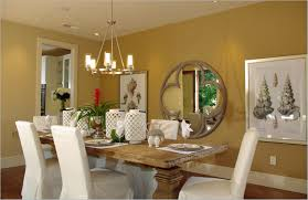 Cozy Dining Room Design With Creative Wall Decoation