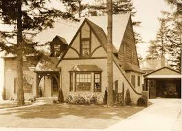 Cabin Style Homes Colors This Alameda Tudor Cottage Located At 3143 Ne 32nd Place Was