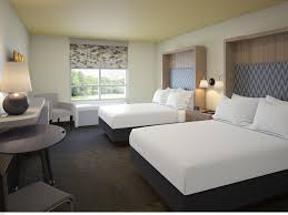 Front Desk Agent Jobs Edmonton by Find Calgary Hotels Top 11 Hotels In Calgary Ab By Ihg