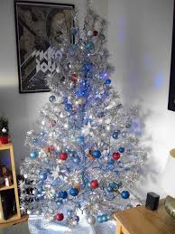 Evergleam 6 Aluminum Christmas Tree by Aluminum Christmas Tree Decorating Ideas U2013 Decoration Image Idea