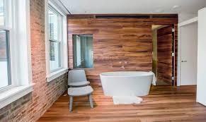 echtholzdielen wohlfühl materialien im badezimmer