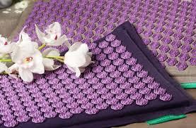 le tapis ch de fleurs mon nouvel allié contre le mal de dos
