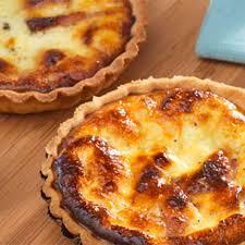 cuisiner une quiche quiche au fromage de chèvre frais et aux petits lardons recette au