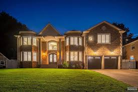 100 Modern Homes For Sale Nj 270 Buttonwood Drive A Luxury Home For In Paramus Bergen County New Jersey Property ID 1942394 Christies International Real Estate