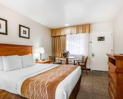 Best Price on fort Inn Monterey By The Sea in Monterey CA