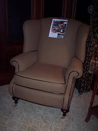 comfort upholstery furniture reupholstery 150 franklin st