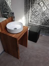 orientteppich im badezimmer wasserfeste tapete shabby