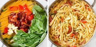 cuisiner les poivrons rouges one pot pasta poivrons rouges tomates et brie