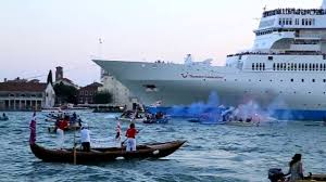 Cruise Ship Sinking Italy by Protest U201cno Grandi Navi U201d Against Big Cruise Ships In Venice Italy