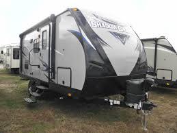 100 Shadow Cruiser Truck Camper 2018 RV 193MBS 525 Colaw RV