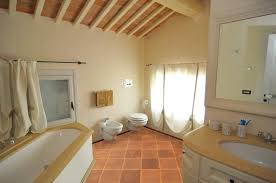terracotta floors mediterran badezimmer san francisco