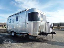 104 Airstream Flying Cloud For Sale Used 2017 20fb Bambi Rv In Millstone Township Nj 08535 12541a Rvusa Com Classifieds