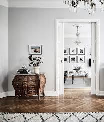 light grey walls recommendny