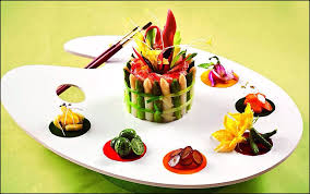 dressage des assiettes en cuisine artiste de gastronomie visions gourmandes