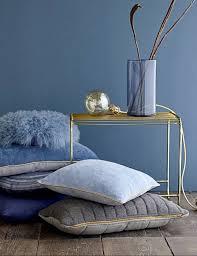 blau gold harmonieren kolorat wandfarbe blau haus
