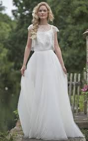 Rustic Bateau Cap Sleeve Tulle Lace Wedding Dress With Illusion