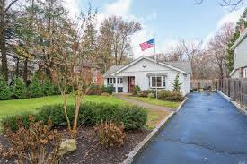 100 Houses For Sale Merrick 1770 Meadowbrook Rd NY 11566 MLS 3181795 Coldwell Banker
