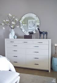 Raymour And Flanigan Lindsay Dresser by Best 25 Transitional Bedroom Decor Ideas On Pinterest