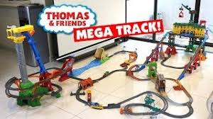 Tidmouth Sheds Deluxe Set by Thomas And Friends Tomica Deluxe Talking Tidmouth Sheds Changing
