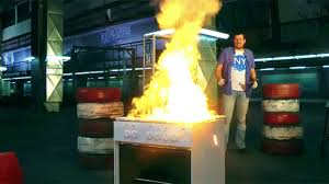 Cooking Thermite On A Stove Burns The Entire Oven In An Endless Fire