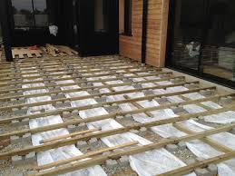 plot reglable pour terrasse bois nivrem structure terrasse bois sur plot beton diverses