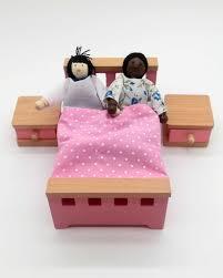 puppenhaus accessoires schlafzimmer tebalou vielfalt im spielzimmer